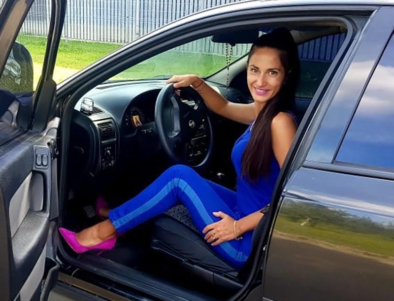 Работа в такси для девушки дефиле по подиуму